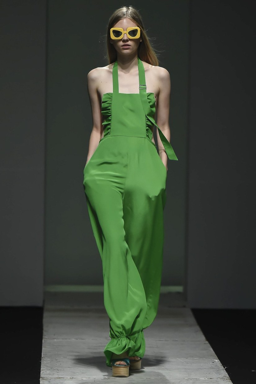 seoul fashion week ss17 pushbutton asks the big question this problem which used to be exclusive to fast fashion has become more and more present inside runway fashion companies too especially given the fact