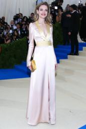 Natalia Vodianova in Versace